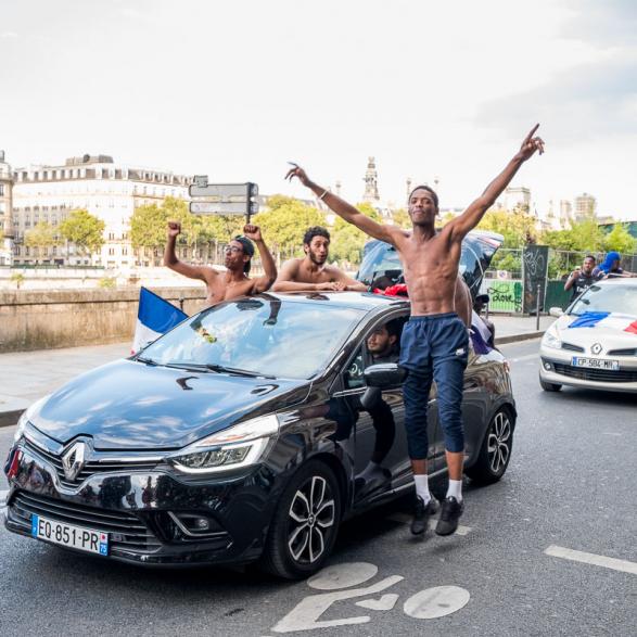 Qui ne saute pas n'est pas français ! La France championne du monde de Football - Paris Juillet 2018
