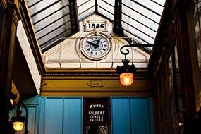 Maison Gilbert fondée en 1848, passage Joufroy à Paris