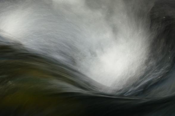 Tourbillon, torrent près de Holmatungur, Islande