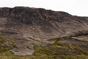Collones basaltiques et coulées de lave, Gerduberg, Péninsule de Snæfellsnes, Islande