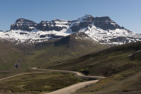 Les sommets du Dyrfjöll, route 94, Fjords de l'Est, Islande