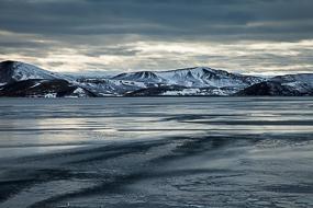 Le lac gelé de Kleifarvatn, Islande