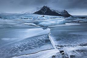 Plaques de glace dans le lac de Fjallsarlon, Islande
