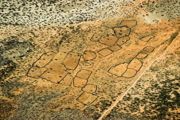 Villages Himba laissés en jachère - Vue aérienne - Namibie