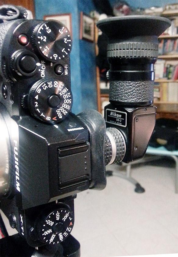 Viseur d'angle : adaptation d'une bague Nikon DK-22 dans l'oeilleton large pour Fuji X-T1, pour le montage d'un viseur d'angle Nikon.