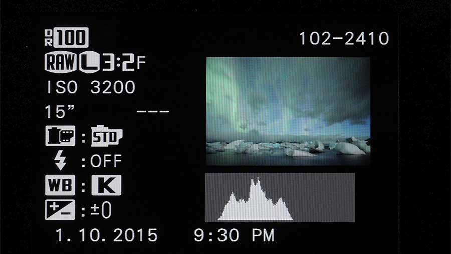 Exemple de réglages de l'appareil photo pour photographier une aurore boréale