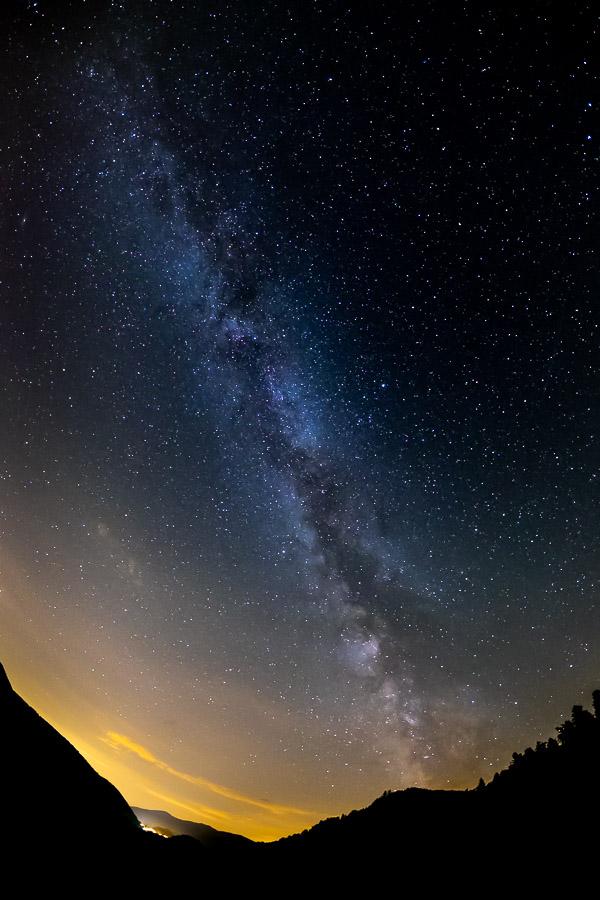 Ciel étoilé et voie lactée au dessus de la vallée de la Thur, Vosges